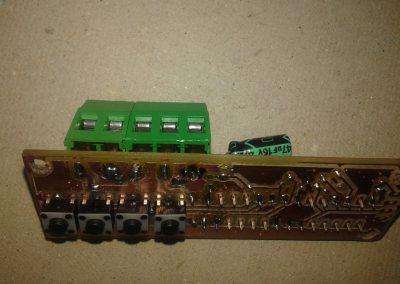 circuito y conectores soldados.