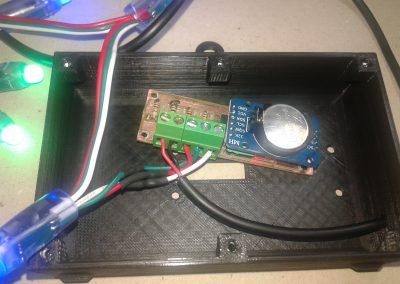 Presentación de circuito en caja.