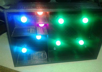 vista frontal LEDs encendidos