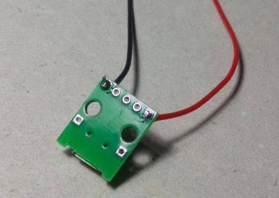Cables de alimentación micro USB soldados.