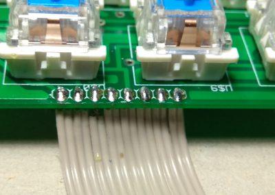 Faja de 8 hilos soldada a PCB.