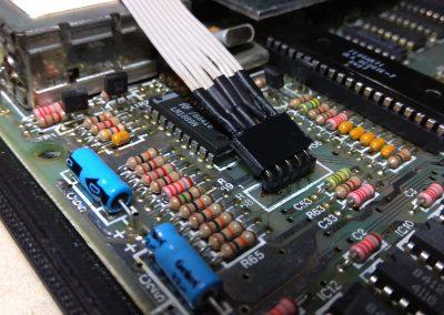 Conector de 5 hilos conectado.