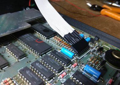 Conector de 8 hilos conectado.