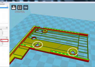 Vista de la pìeza 3D a imprimir de la tapa del ZX spectrum parte derecha; hacer pausa en cota z=5,6 mm para insertar 2 tuercas de M3 .
