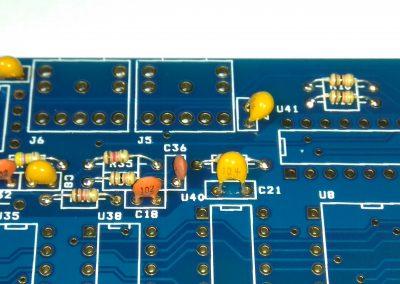 Condensador C36 3,3nF.